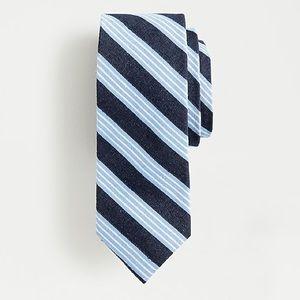 ✨NWT✨J. CREW // Silk Triple Stripe Tie